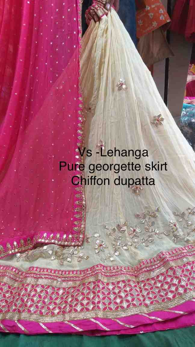 Pure crepe lhengha with pure georgette dupptta and dupin blouse
