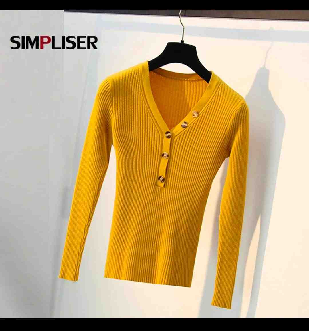 Casual knitted fabric skinny fit deep neck tshirt